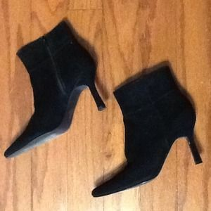 Real suede leather black hi-heel ankle boots NWOT