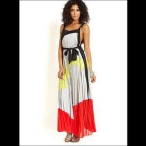 Gracia Pleated Colorblock Maxi Dress