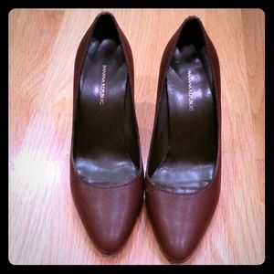 Brown Banana Republic pumps