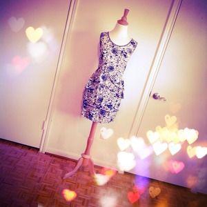 Dresses & Skirts - 🎉HP🎉SpIderweb Print Peplum Dress
