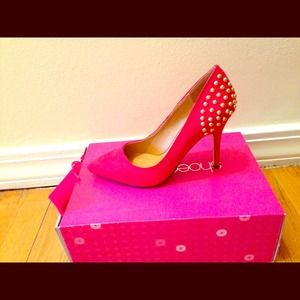 ****Reduced****** Red studded pumps