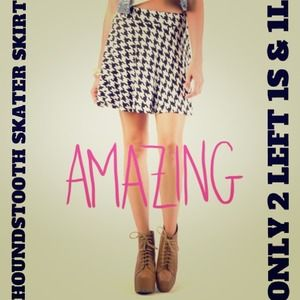 Dresses & Skirts - ⚡FLASH SALE⚡HOUNDSTOOTH SKATER SKIRT 2 Left 1S 1L!