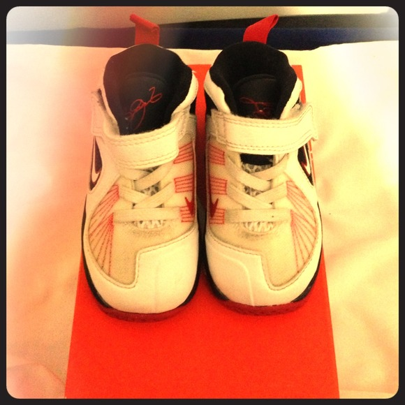 off Nike Shoes LEBRON 9 infant sneakers Size 5c from
