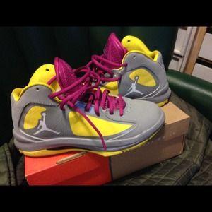Boys Jordan  size 5. Selling for 35
