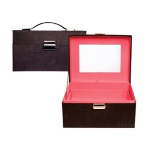 Make Up Case by STILA