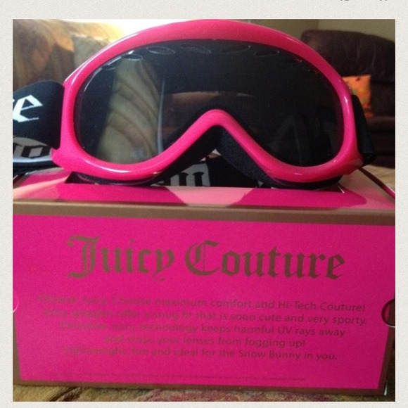 21732bd52228 Juicy Couture Accessories