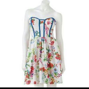 BRAND NEW!! Ivory/Blue Kandy Kiss Halter Dress