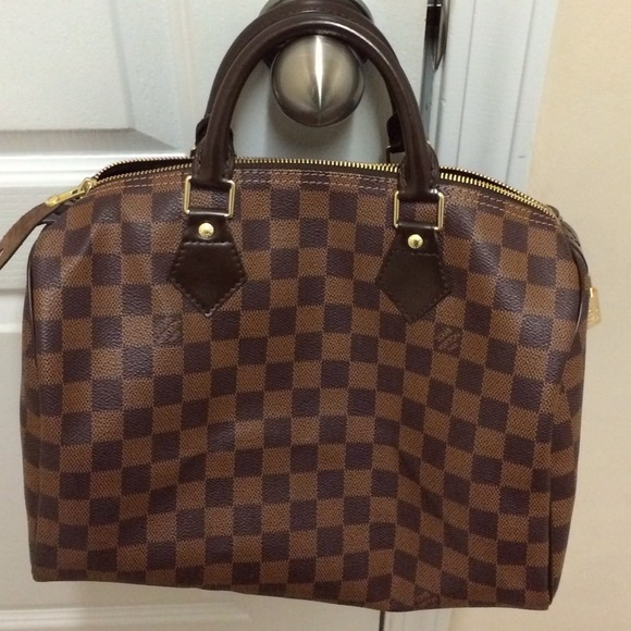 84ecd924773a Louis Vuitton Handbags - Louis Vuitton Speedy 30 Damier Ebene -NEGOTIABLE