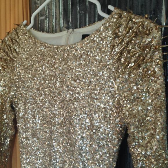 Dresses - Make OFFER❗️Gold spike shoulder dress sequin dress