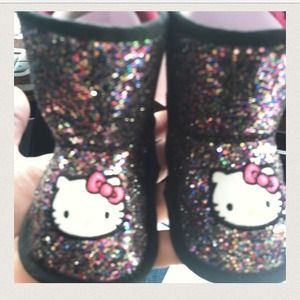 Ugg inspired hello kitty Sanrio brand boots