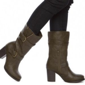New Green Faux Leather Chunky Heeled Boots