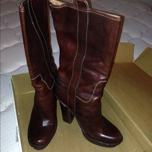 Frye Boots - 💯 Authentic Frye Mid Calf Heeled Boots