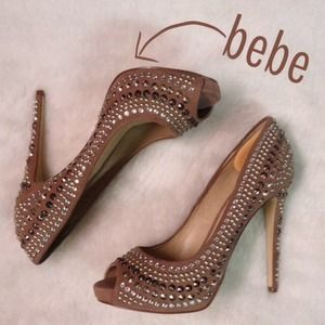 🎉2X HOST PICK🎉NWT Bebe Studded Tap Color Heels!