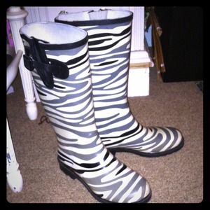 59% off shoe show Boots - Woman's Zebra print Rain Boots from ...