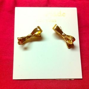 kate spade Jewelry - Gold bow late spare studs earrings