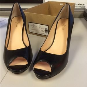 Sz 8.5 Cole Haan peep toe pump