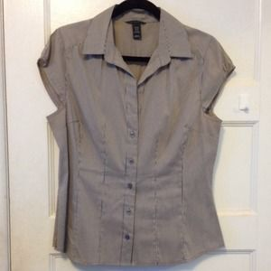 H&M Tops - Taupe pinstripe sleeveless blouse