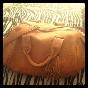 Shoe dazzle purse...