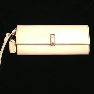 Coach Clutches & Wallets - ✨Stunning White COACH Wristlet✨ON HOLD