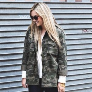 Old Navy Camo Jacket Medium