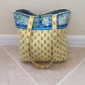 Vera Bradley Handbags - Vera Bradley tote in yellow and blue floral