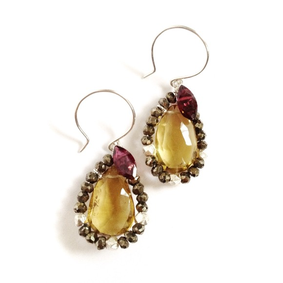 MJXL Jewelry Jewelry - SALE - ✨HP✨ Amber Teardrop earrings
