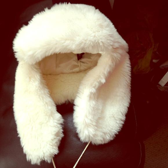 e83c19e6 Accessories | Cream Faux Fur Trapper Hat | Poshmark