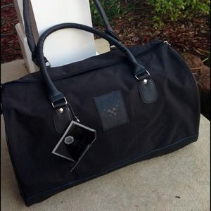 Vince Camuto duffle/ gym bag