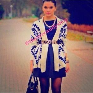 Sweaters - ⚡FLASH SALE⚡AZTEC CARDI $48 now $40 ✨LAST MEDIUM✨