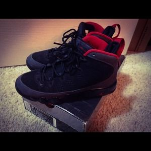 ❌SOLD❌Air Jordan Retro 9 size 3.5