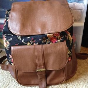 f60061915 Bags | Sold Thre Vinted | Poshmark