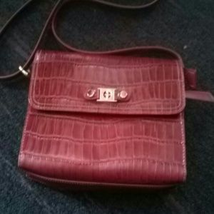 Red Giani Bernini purse