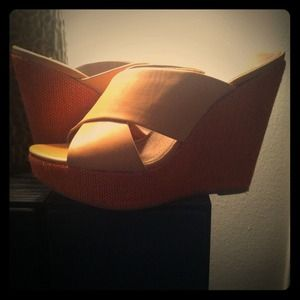 BCBG tan leather and coral wedge