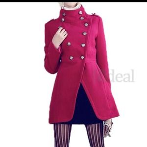 Outerwear - Elegant looking outer wear!