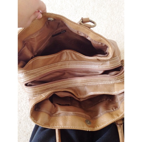 H&M Brown Shoulder Bag 33