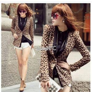 Jackets & Blazers - Leopard blazer