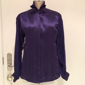 BEAUTIFUL BLOUSE ESCADA