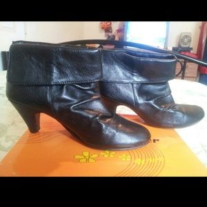 Black leather anckle booties