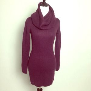 H&M Sweaters - Eggplant Purple Knit Sweater