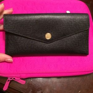 $75 paypalMichael kors wallet like NEW❤️