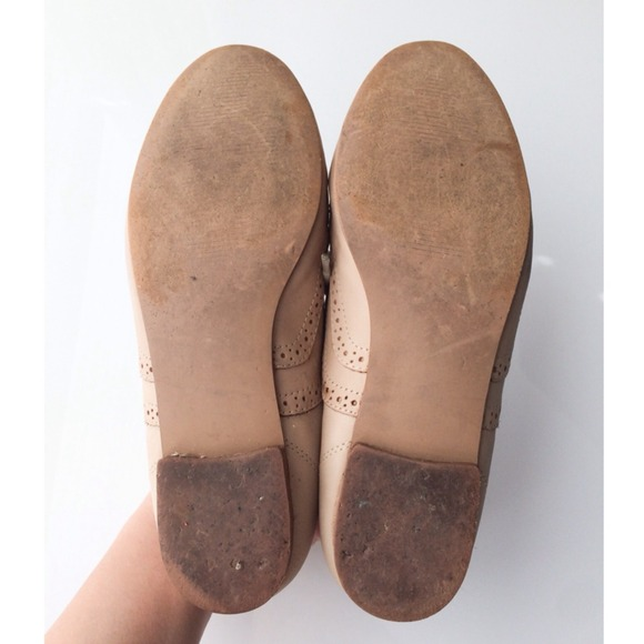 Steve Madden Shoes - Steve Madden Tan Oxford Flats