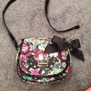 NWOT Betsey Johnson crossbody