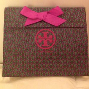 Tory burch gift bag (authentic)