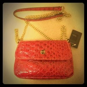 NWT Red patent shoulder bag with metal chain