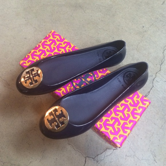 ccf64ccedefe 💯Auth Tory Burch Royal Navy Gold Metal Jelly Reva