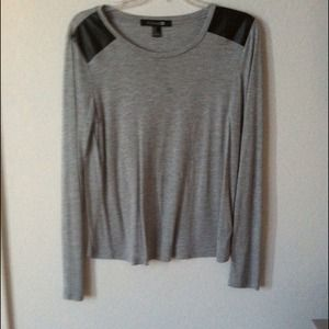 Forever 21 Sweaters - Forever21 faux leather shoulder sweater
