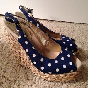 Sam Edelman wedges 7.5