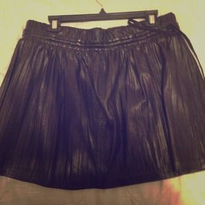 Robert Rodriguez plise leather mini skirt - 10