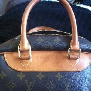 More pics for LV bag