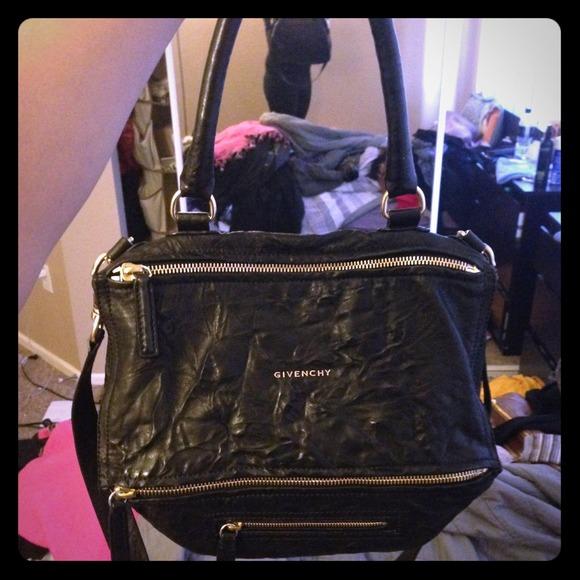 5aad68c98d45 Givenchy Handbags - Givenchy black medium pepe pandora bag